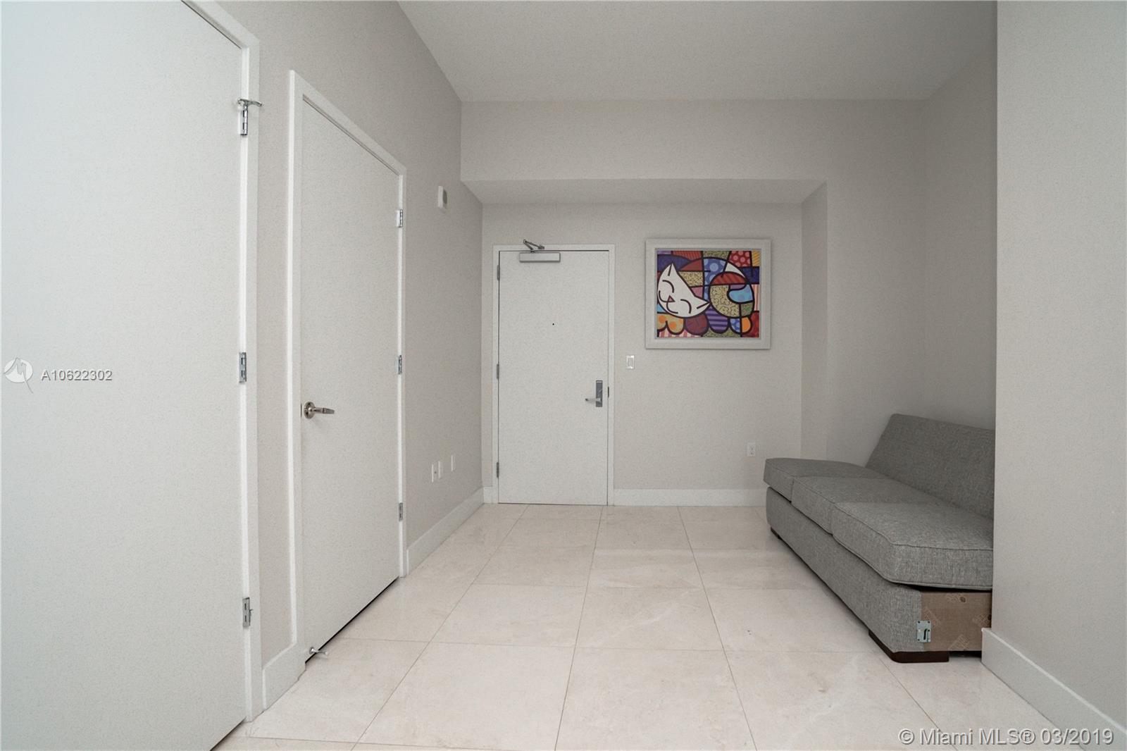 1010 Brickell image #13