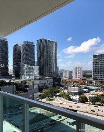 Brickell on the River North image #18