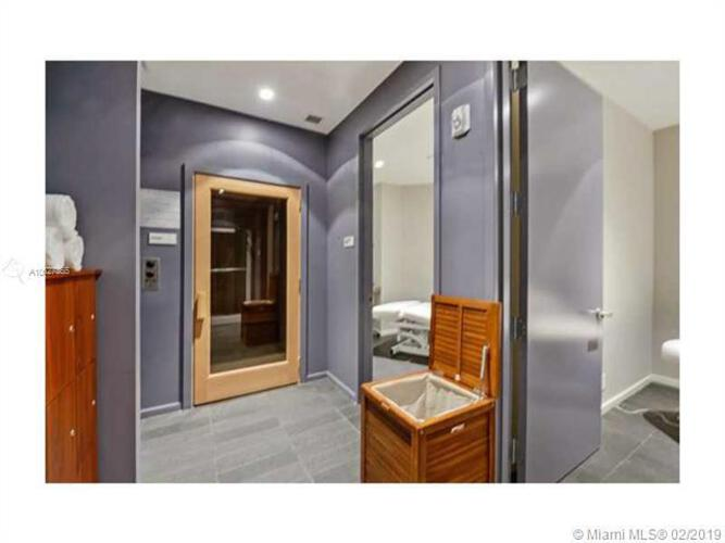 Brickell House image #52