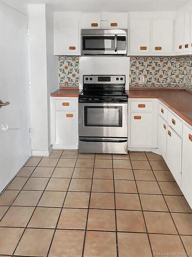 Brickell Biscayne image #12
