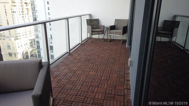 1010 Brickell image #19