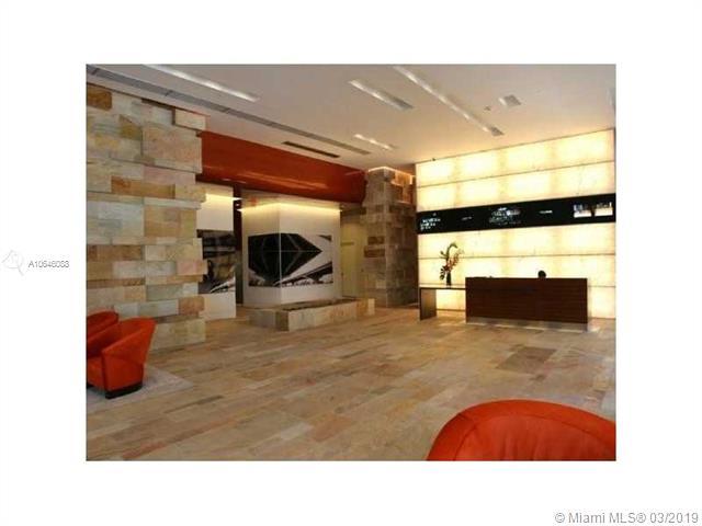 500 Brickell image #11