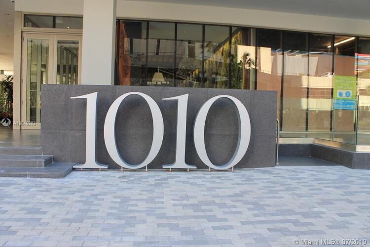 1010 Brickell image #35