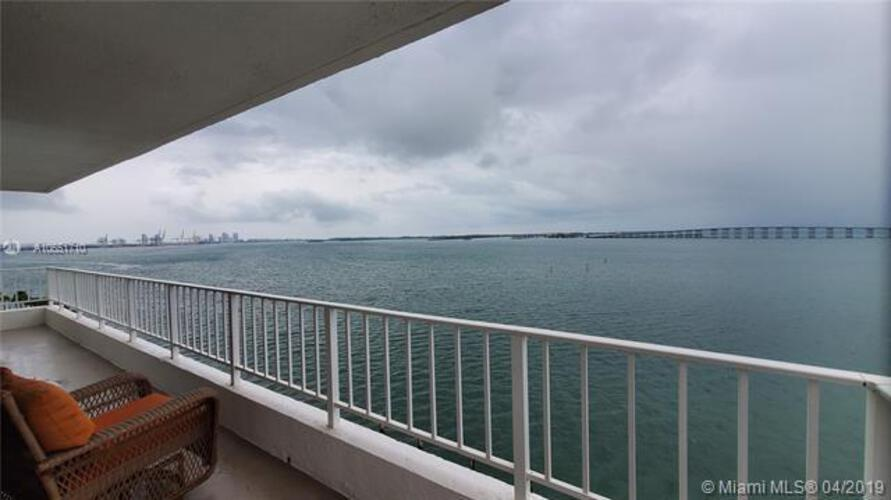 Brickell Harbour image #18