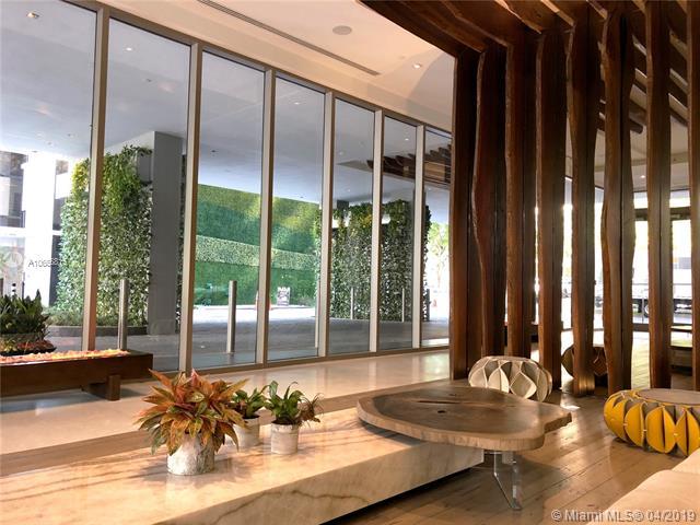 1010 Brickell image #28