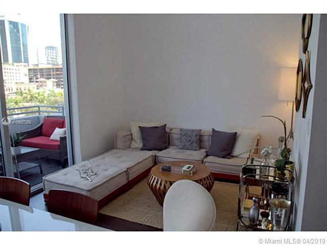 Avenue 1060 Brickell image #2