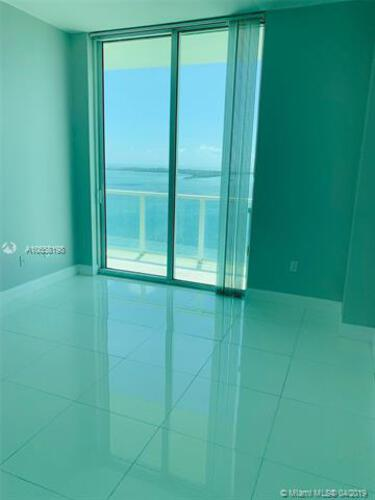 Emerald at Brickell image #9