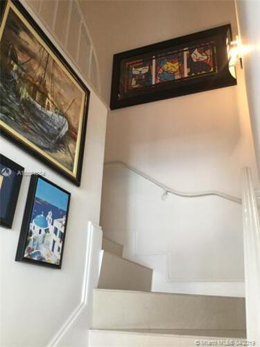 Brickell Bay Tower image #17