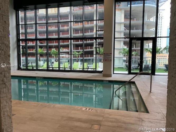 1010 Brickell image #10