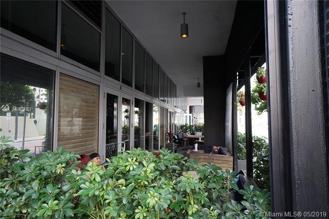 500 Brickell image #33