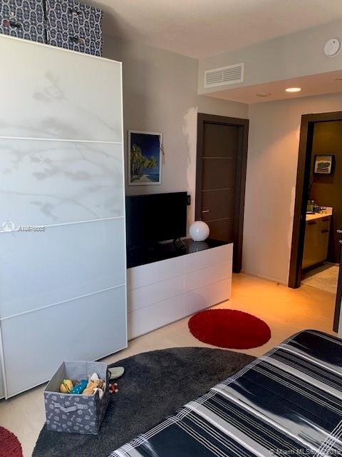 Avenue 1060 Brickell image #20