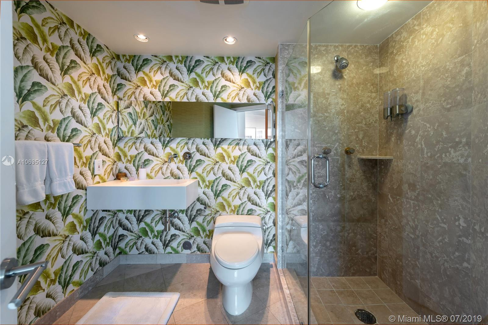 Bristol Tower Condominium image #9