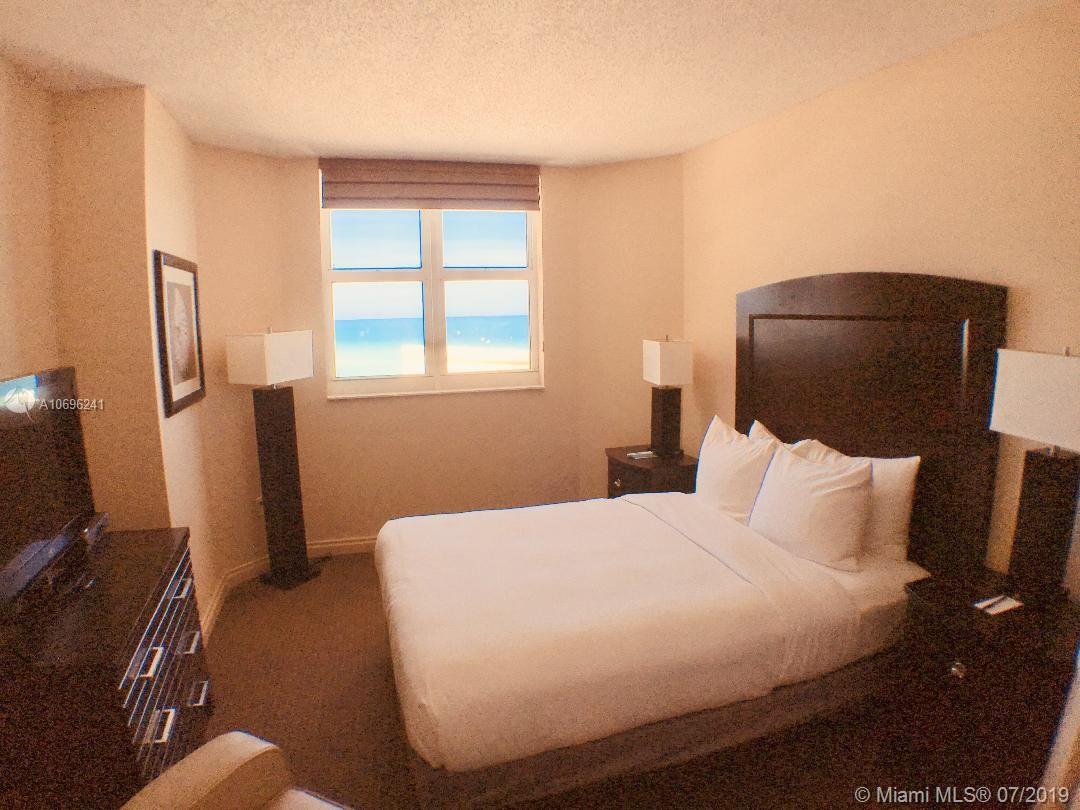 Ocean Point Beach Club image #9