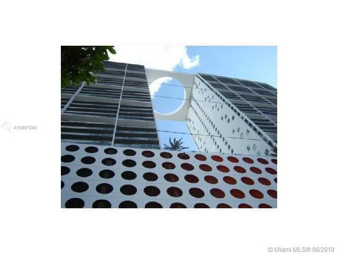 500 Brickell image #39