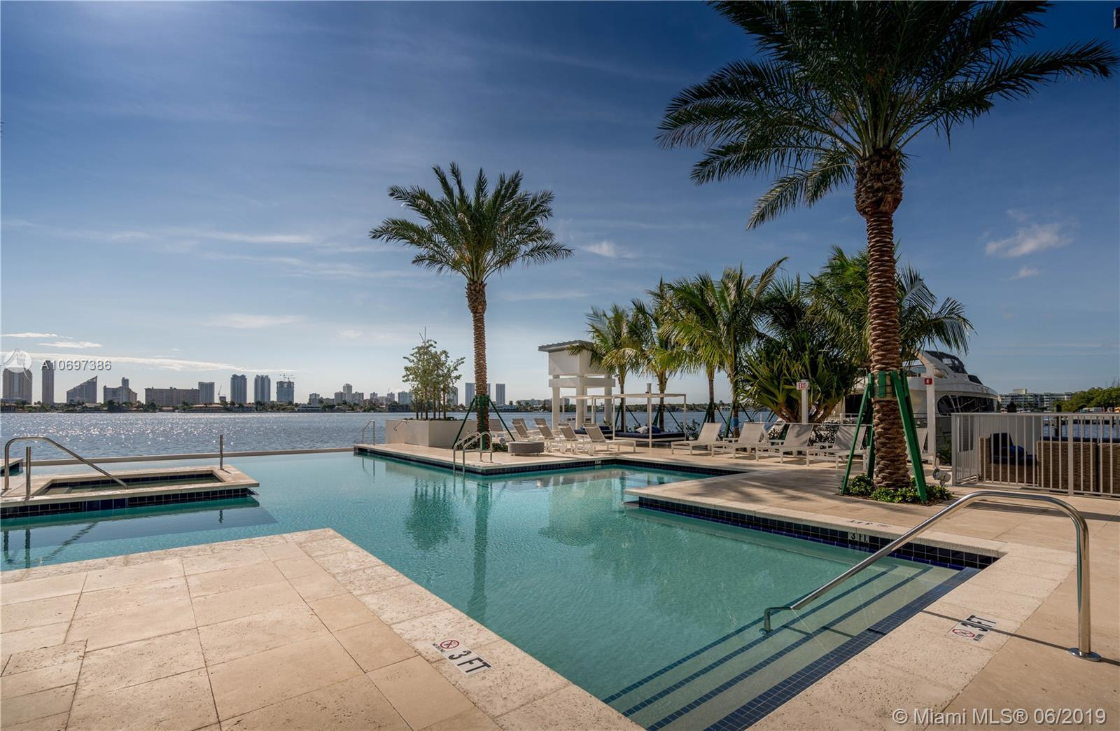 Marina Palms Yacht Club and Residences North Tower image #20