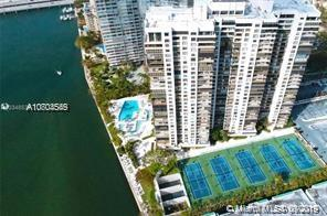 Brickell Bay Club image #33
