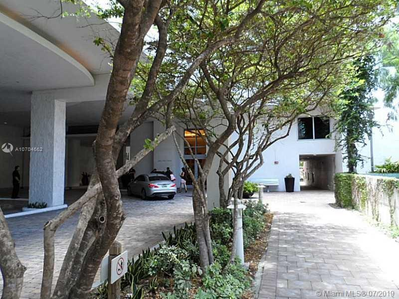 Avenue 1060 Brickell image #21