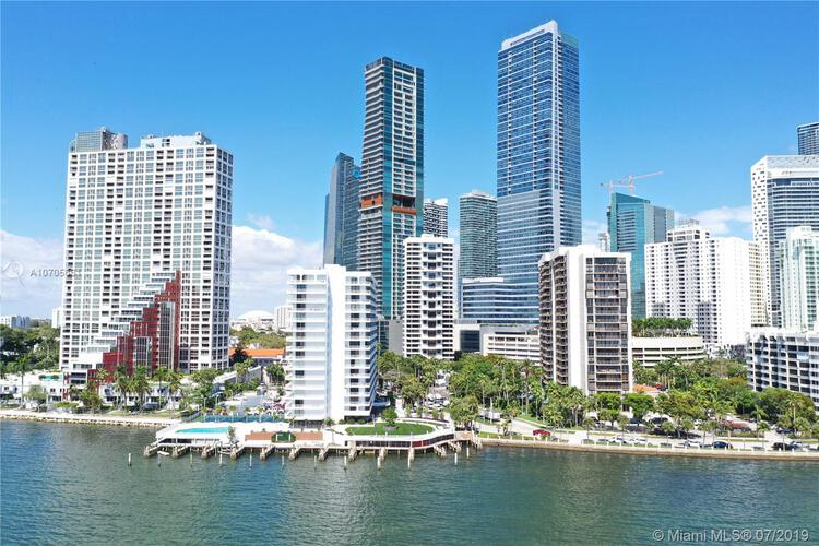 Brickell Harbour image #3