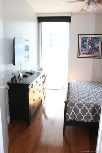 Avenue 1060 Brickell image #13