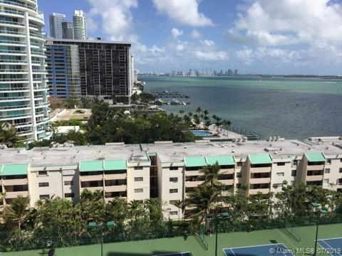 Brickell Bay Club image #7
