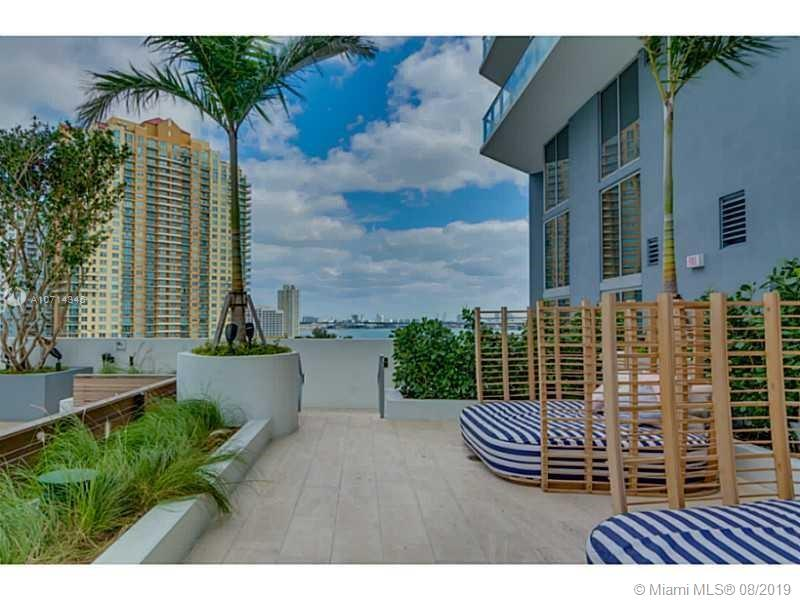 Brickell House image #30