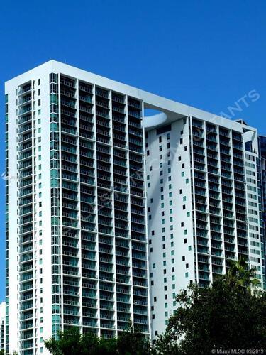 500 Brickell image #9
