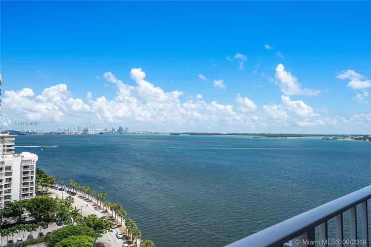 Brickell Harbour image #10