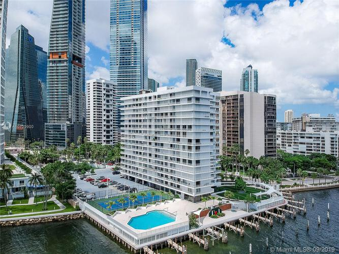 Brickell Harbour image #20