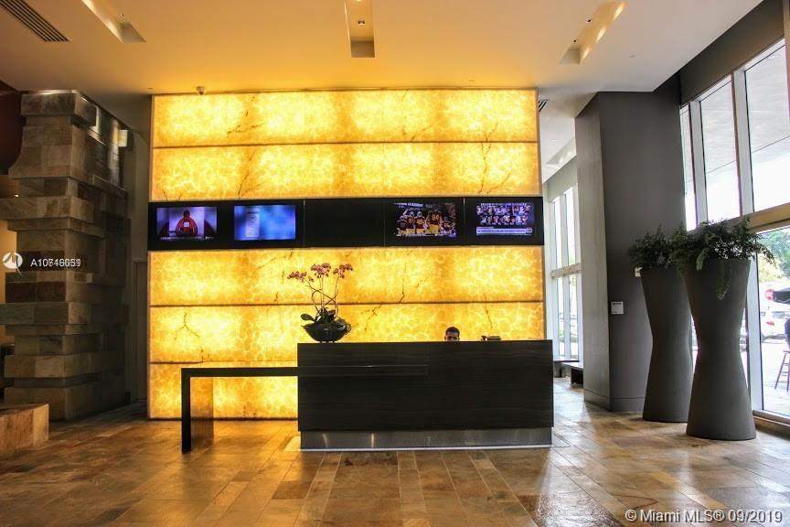 500 Brickell image #17