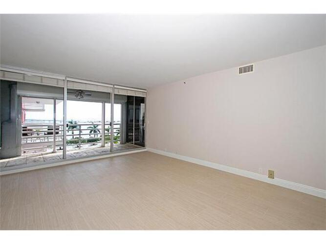 Condo in Miami, brickell, The Palace Condo, B604, A1724464