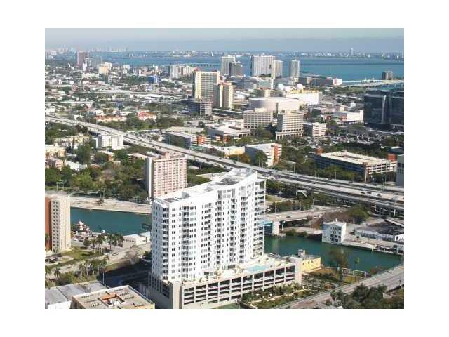 Neo lofts 1801 condo for sale in brickell miami for 18th floor balcony chords