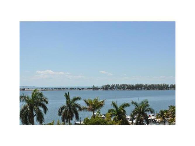 Condo in Miami, brickell, The Palace Condo, C606, A1778775