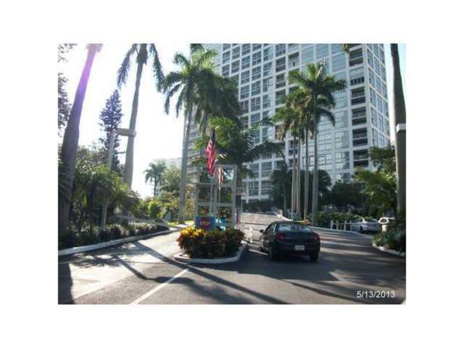 Condo in Miami, brickell, The Palace Condo, C2806, A1795482