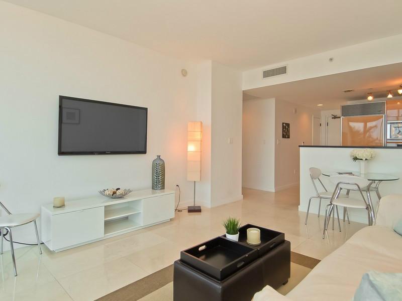 Miami Beach Condo Condo in Miami Miami Beach Canyon Ranch Residences 601 A1885161