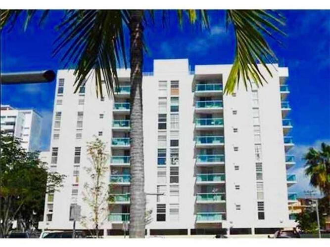 Condo in Miami, south-beach, Mirador East, 403, A1895584