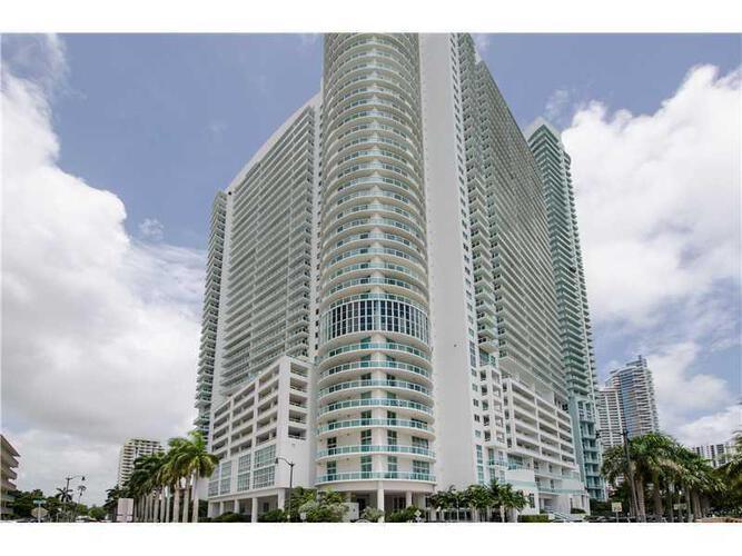 Condo in Miami, downtown-miami, 1800 Club, 2402, A2021078
