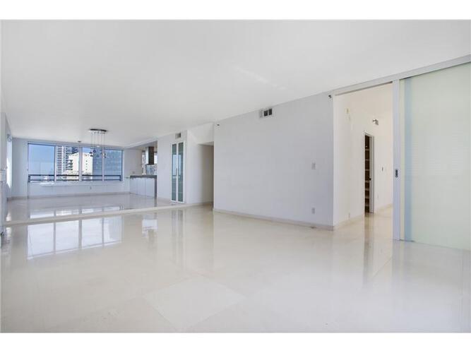 Condo in Miami, brickell, The Palace Condo, A3601, A2036146