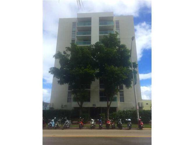 Condo in Miami, south-beach, Mirador East, 701, A2043836