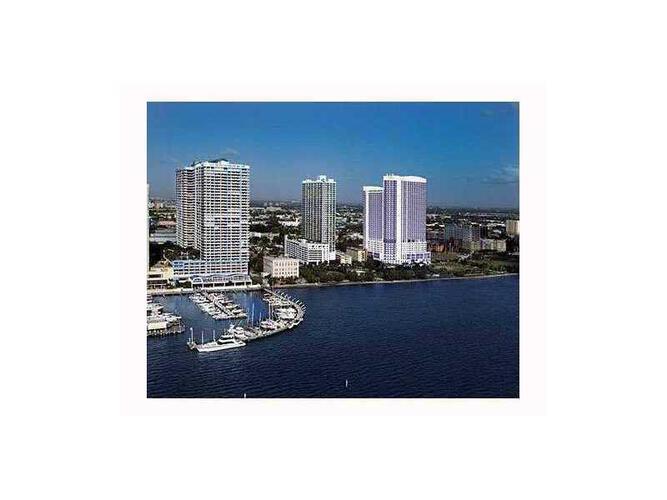 Condo in Miami, downtown-miami, 1800 Club, 3608, A2057802