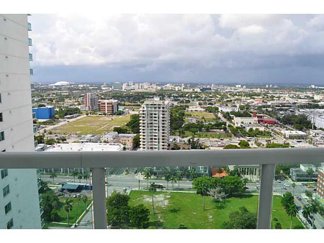 Condo in Miami, downtown-miami, 1800 Club, 3106, A2062112