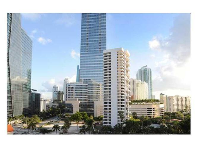 Condo in Miami, brickell, The Palace Condo, C906, A2094739