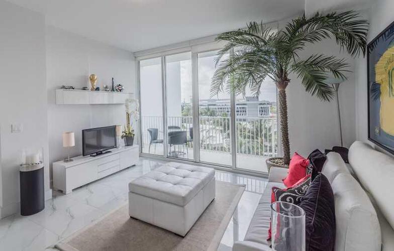 Condo in Miami, downtown-miami, Paramount Bay, 907, A2146192