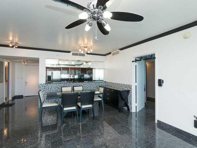 Condo in Miami, downtown-miami, 1800 Club, 4009, A2204222