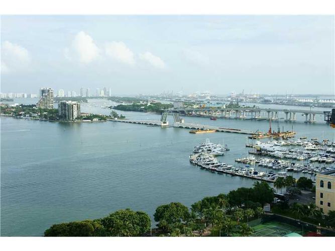 Condo in Miami, downtown-miami, 1800 Club, 2111, A2211904