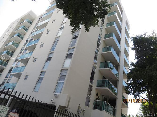 Condo in Miami, South Beach, Mirador East, 504, A10060239