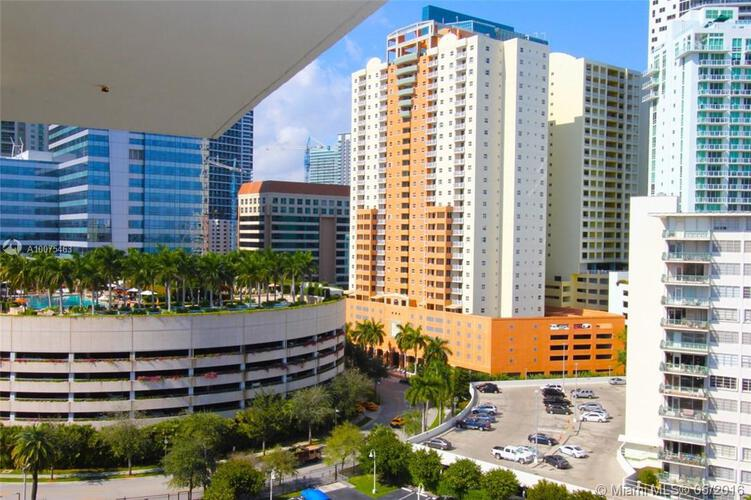 1420 S. Bayshore Drive, Miami, FL 33131, Bayshore Place #1301, Brickell, Miami A10075463 image #2