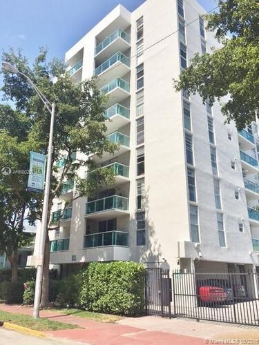 Condo in Miami, south-beach, Mirador East, 401, A10080258