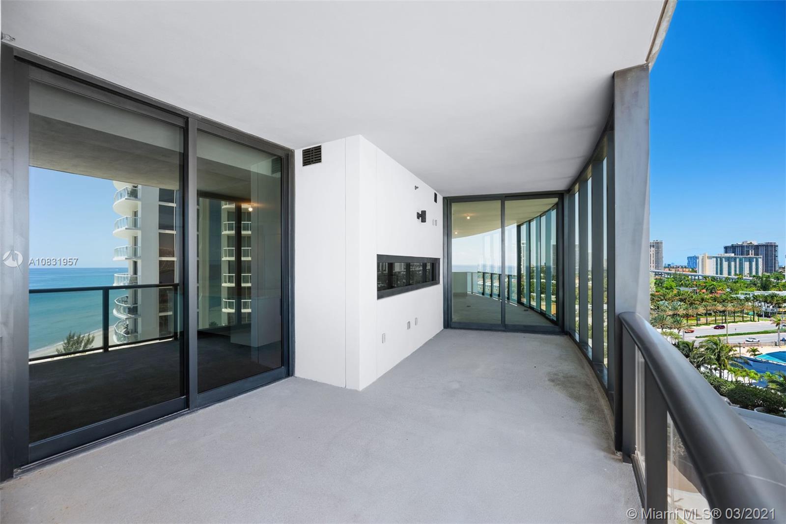 Porsche Design Tower image #18