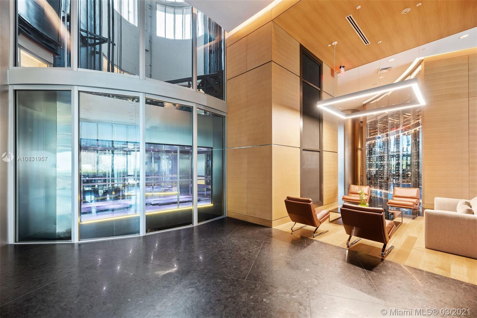 Porsche Design Tower image #58