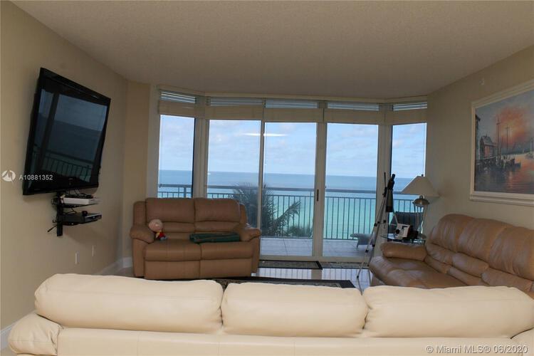 Ocean Point Beach Club image #4